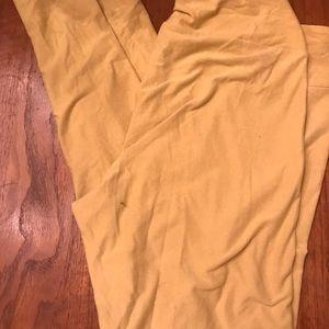 Lularoe TC mustard yellow solid leggings